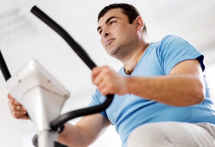 Избавляемся от лишнего веса на велотренажере