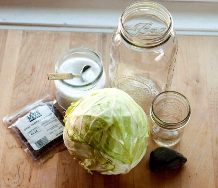 Как квасить капусту и что для этого нужно?