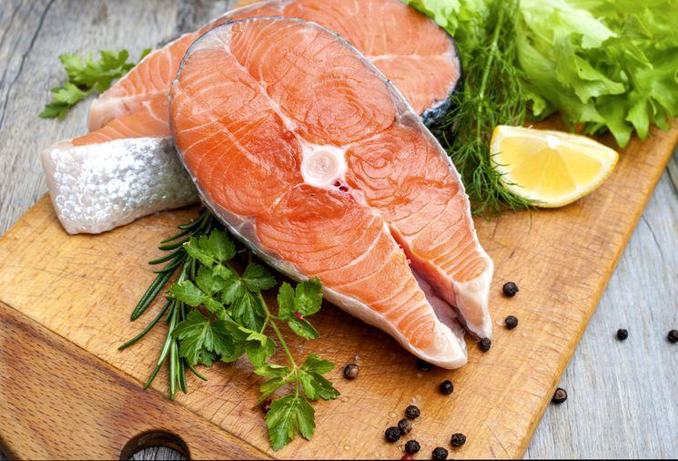 Как правильно солить красную рыбу