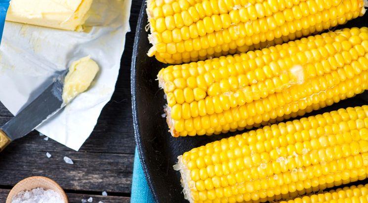 Как сварить кукурузу в кастрюле?