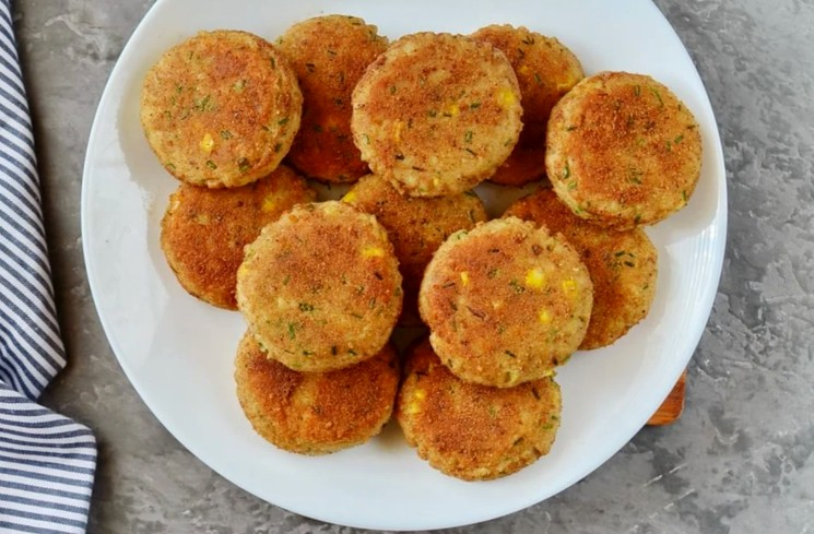Картофельные котлеты с тунцом - простой рецепт