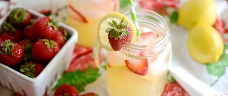 Клубничный лимонад с лимоном