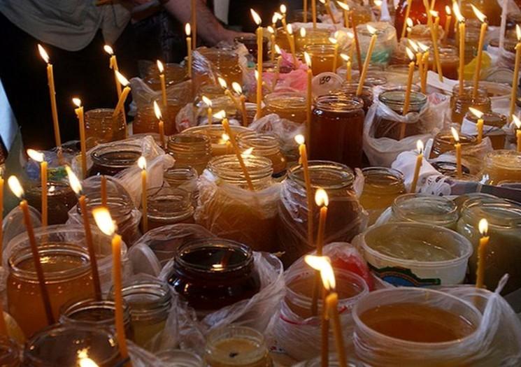 Мёд в храм на Медовый Спас
