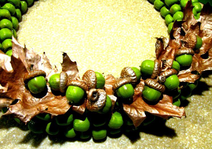 Осенняя композиция из желудей и листьев в детский сад