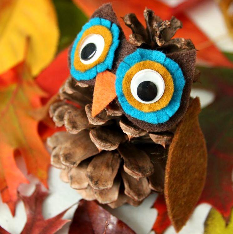 Сова из шишки и фетра в детский сад - сова из шишки