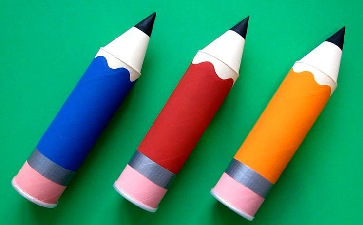 Пеналы из бумаги в виде карандашей