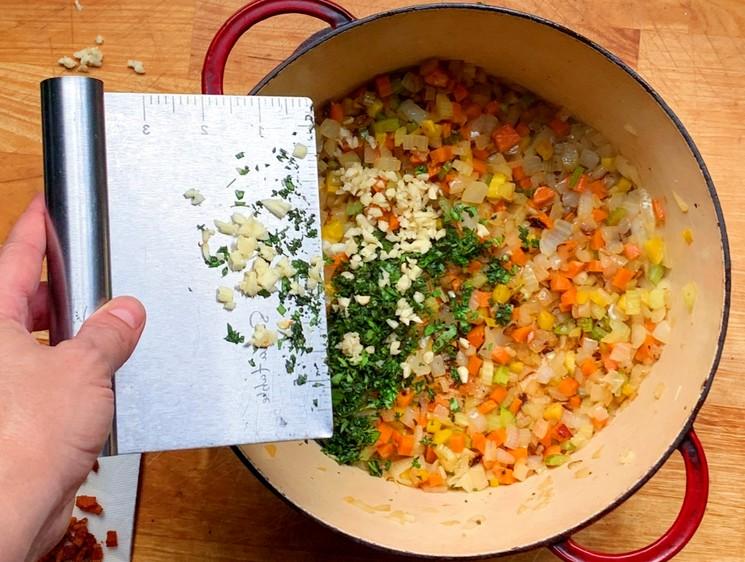 Рецепт паста болоньезе - шаг 3