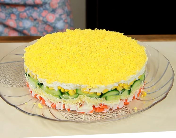Новогодний простой и красивый салат