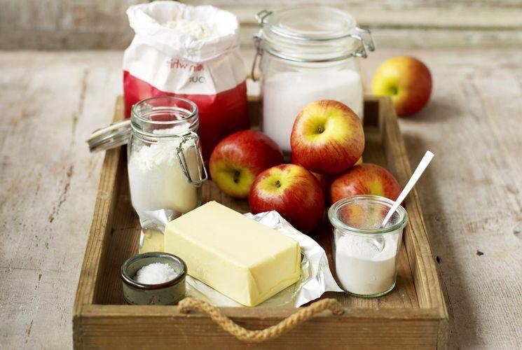 Старинный рецепт шарлотки с яблоками на белом хлебе