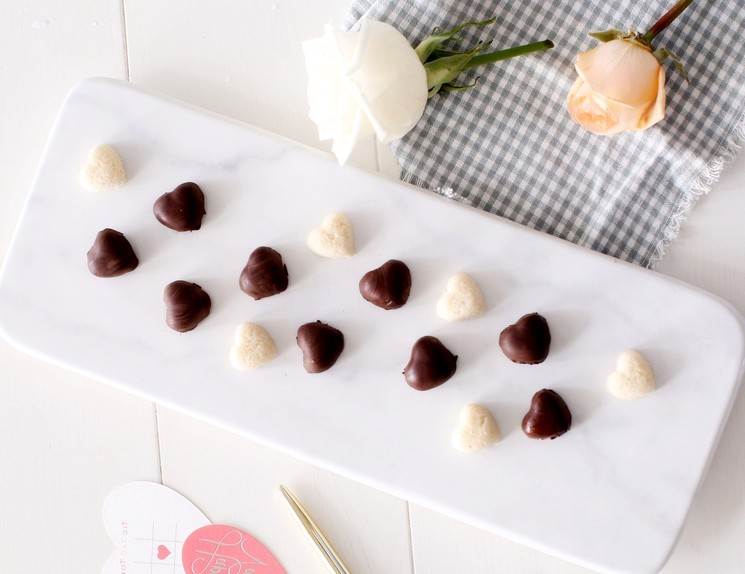 Рецепт шоколадных конфет с кокосом в домашних условиях