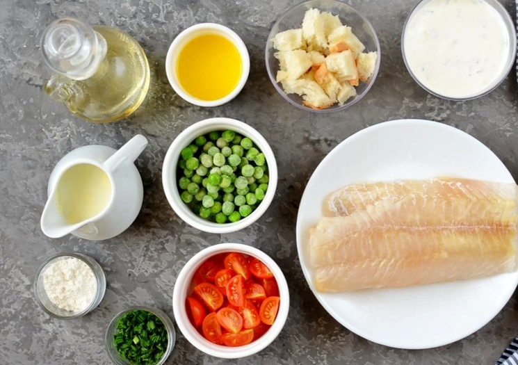 Ингредиенты для приготовления запечённой рыбы с овощами