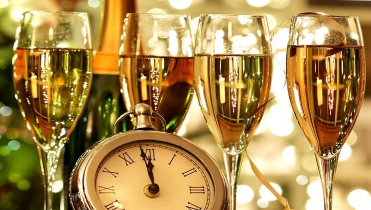 Тосты-стихи на новый год