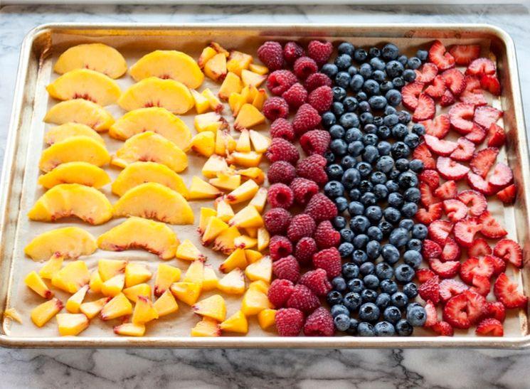 Заморозка свежих фруктов и ягод на зиму