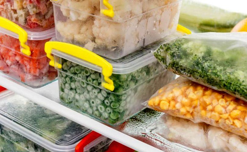 Хранение продуктов в холодильнике и морозильной камере