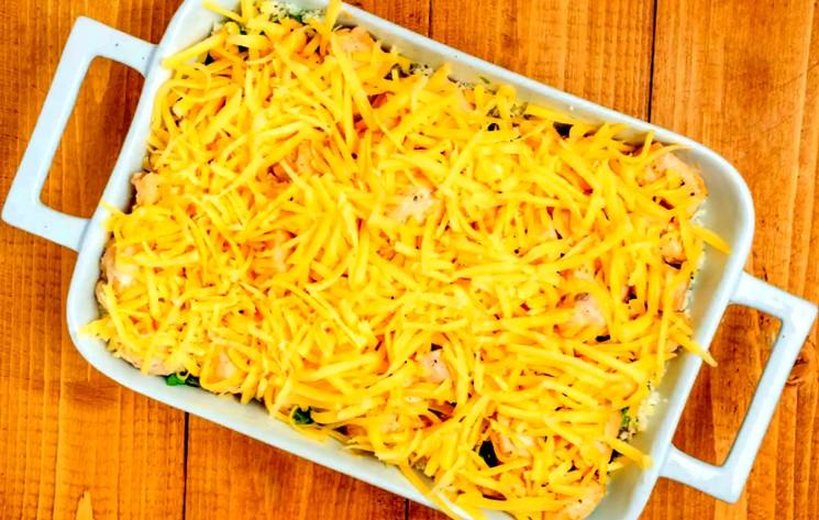 Запеканка из курятины цветной капусты и сыра